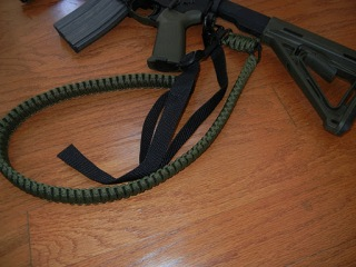 af028b28bf8 Full review after the jump  I have to say that this is a great sling. With  65 ft of para-cord it makes for a thick and sturdy strap to comfortably  hold your ...